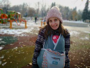 Бебеносене в Борисовата градина през зимата - Мими с бебе Ади